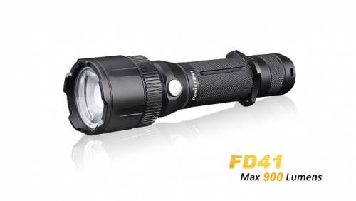 Lanterna cu focus ajustabil model fd41 xp-l hi