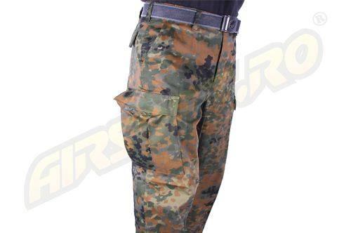 Pantaloni de camuflaj model us - bdu ranger (flecktarn)