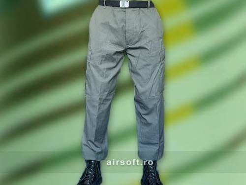 Pantaloni model ripstop prespalati (oliv)