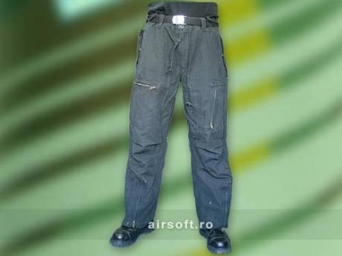 Pantaloni prespalati (negru) aviator